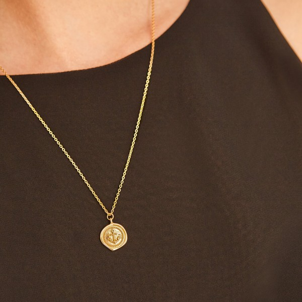 Anchor gold necklace sample 4