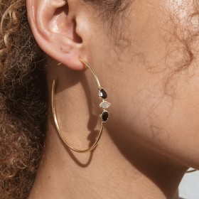 Black Spinel Mimi Gold hoop earrings model 4