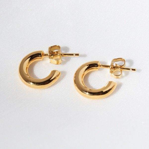 Basic gold earrings