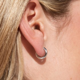 Basic Silver earrings detail