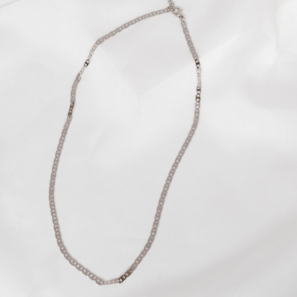 Thin silver chain necklace detail 2